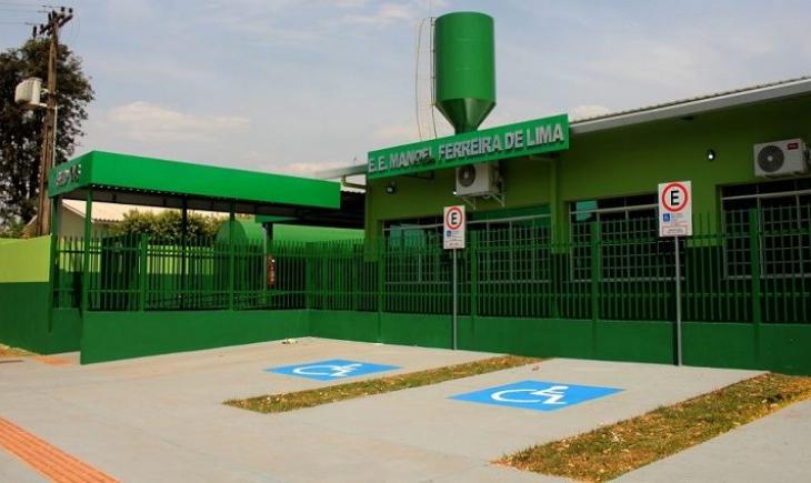Governo assina contratos para reformas e melhorias em seis escolas estaduais