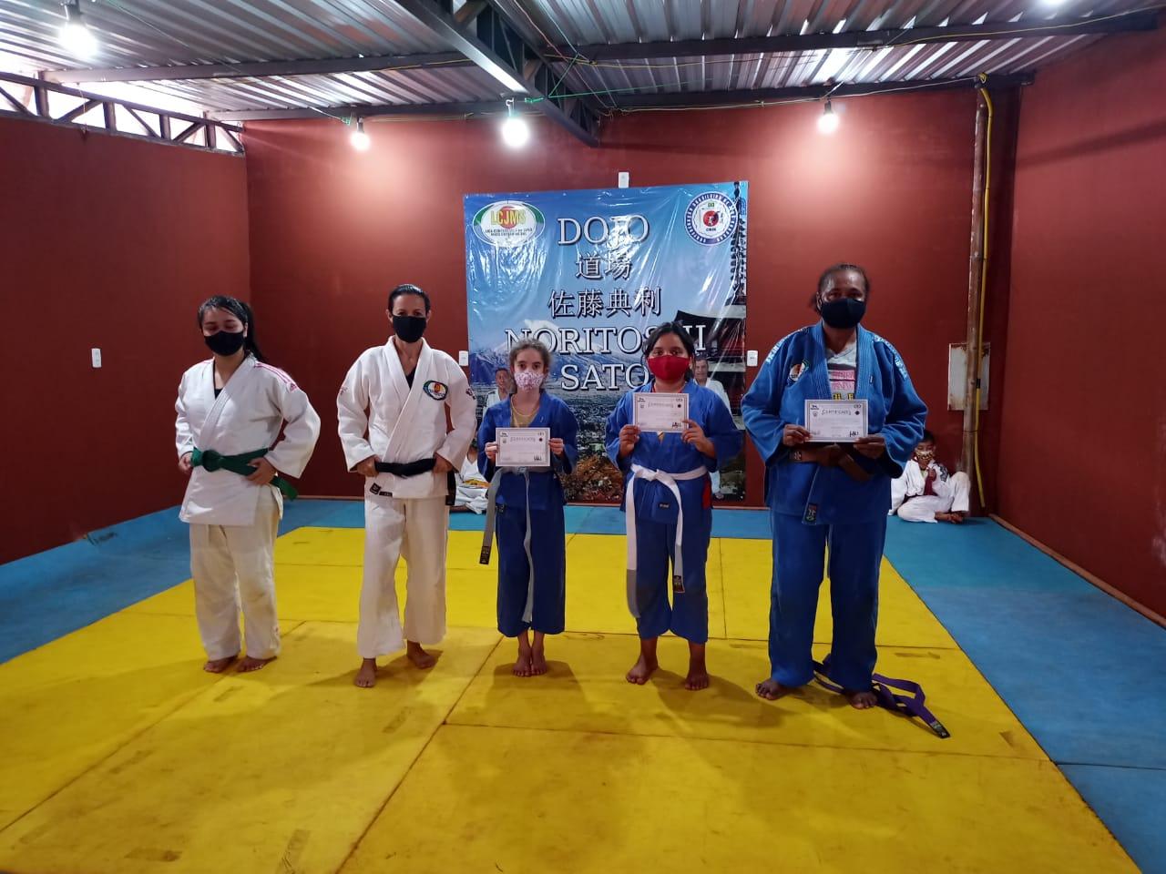 Em Homenagem ao Dia da Mulher, LCJMS e CBJK graduaram judocas de várias regiões do Brasil