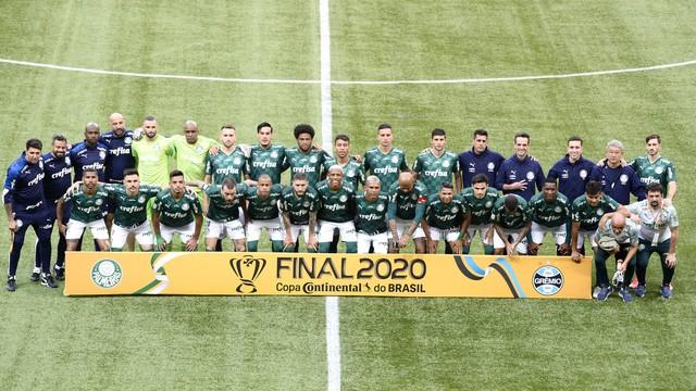 Tríplice coroa! Palmeiras bate o Grêmio de novo e conquista tetra da Copa do Brasil