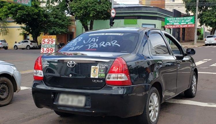 Cerca de 500 motoristas de aplicativo devem 'cruzar os braços' em protesto contra ICMS da gasolina