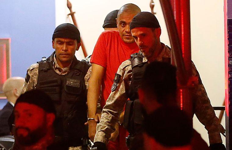 Bolsonaro solicita quebra do sigilo telefônico de advogados de Adélio Bispo
