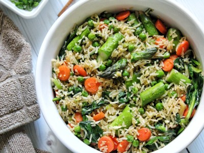 Spring vegetable fried rice with asparagus, spinach, peas and carrots