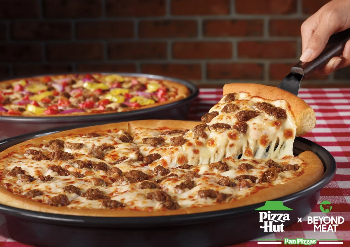 Pizza Hut Beyond Meat