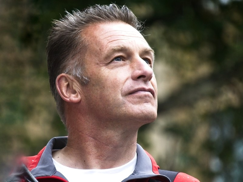 Supermarket Chicken 'Biggest Cause Of Animal Suffering' Says TV Presenter Chris Packham