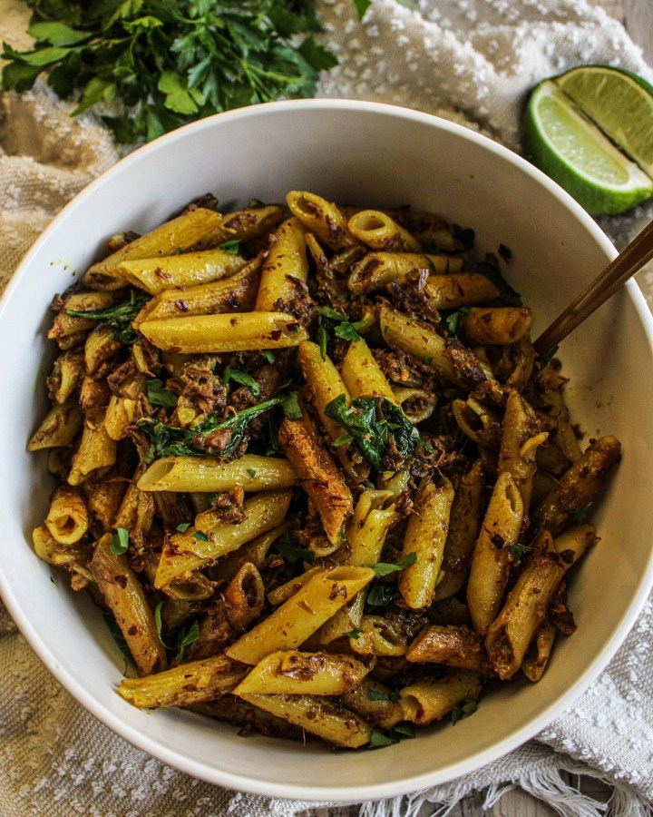 CURRIED JACKFRUIT PENNE