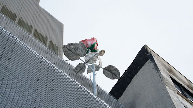 Isa Genzken's Rose