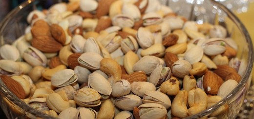 pistachios almonds boost probiotics