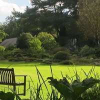 Booking open garden management : managing gardens and collections within larger organisations and institutions.