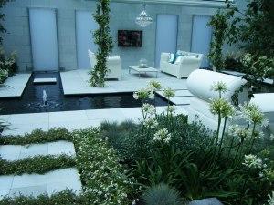 White show garden