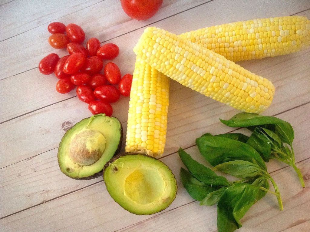 Plants-Rule Raw Corn Tomato Basil Salad - 5 simple ingredients come together quickly for this easy recipe
