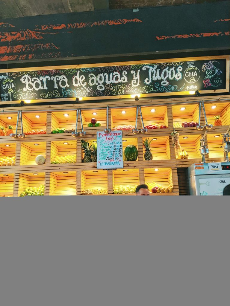 Juice Bar at Mercado Roma Mexico City Vegan Food August 2019