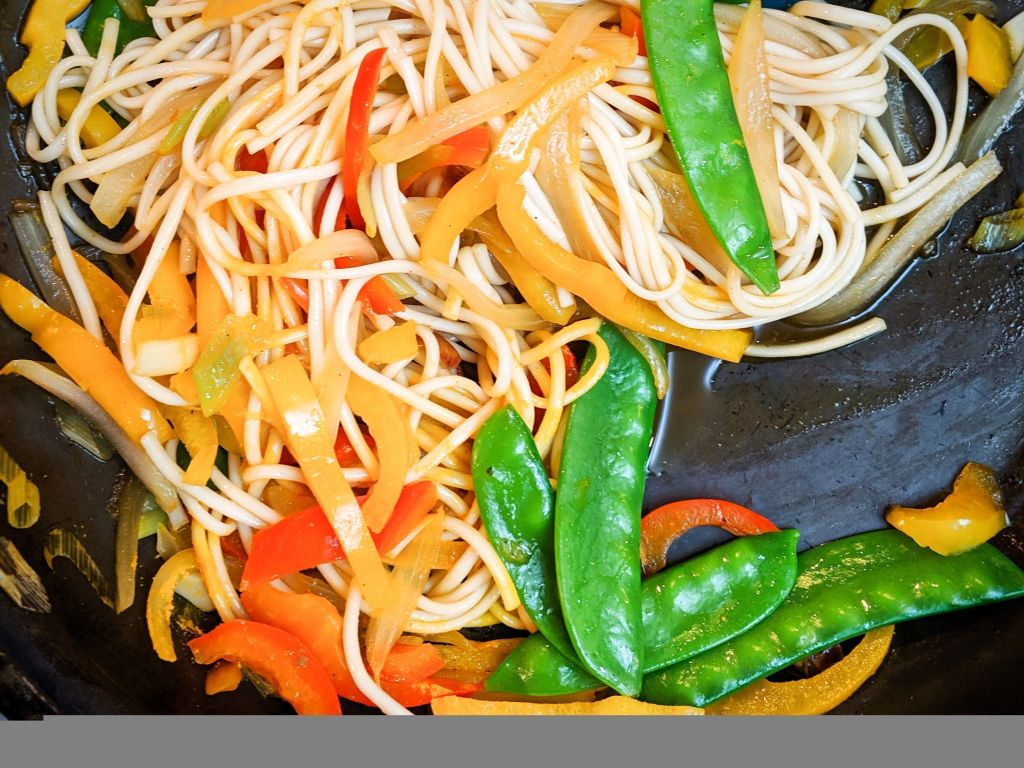 Vegan Singapore Udon Noodles Oil-Free, Plant-Based, Asian Stir-Fry Recipe from Plants-Rule
