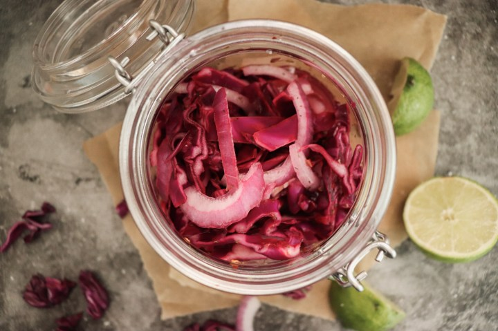quick pickled red onions no boiling