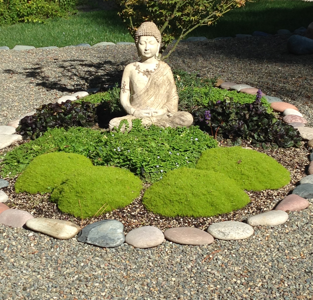 Bring tranquility to the landscape by building your own Zen rock