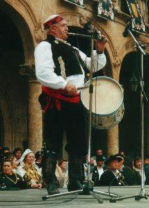 """El afamado tamborilero albercano Sebastián Luis Luis, """"El Guinda"""", fallecido hace unos años (Foto: Andrés Barés Calama)"""