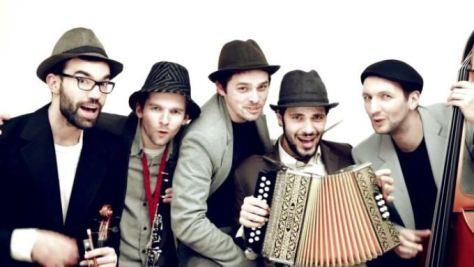 grupo de música melech mechaya