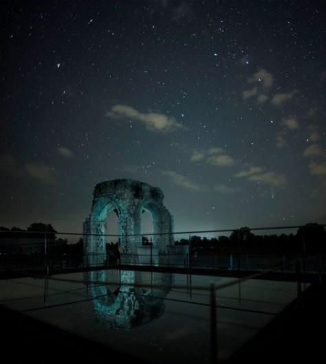 El Arco de Cáparra bajo el cielo estrellado. Extremadura Buenas Noches.