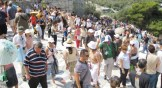 acropolis crowd
