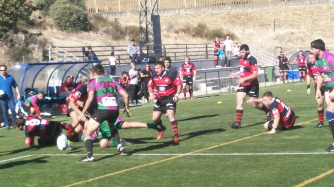 El Plasencia Rugby Club no puede con el CAR Badajoz (6-61)