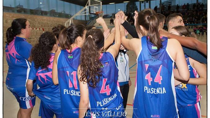 Miralvalle Plasencia resuelve con personalidad su doble duelo en Albacete