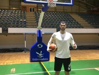 El CB Extremadura Plasencia ficha a Stefan Radosavlevic, prodecente del Lujisa Guadalajara Basket, de Liga EBA