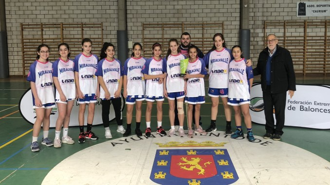 El infantil del Miralvalle Plasencia gana la Copa Extremadura
