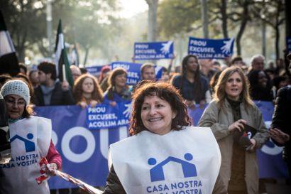 manifestacio-casa-nostra-vostrarefugiats-acollir_ediima20170218_0409_5