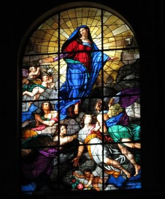 Al Interior de la catedral