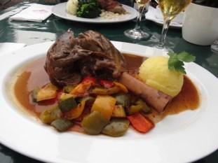 Almuerzo en Kampen - Codito de Cordero