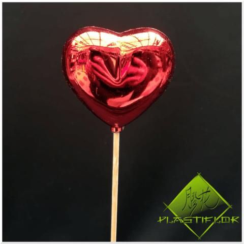 Coeur rouge sur stick ©Plastiflor