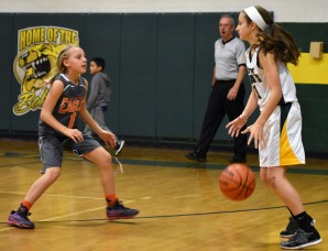 BR.basketball.girls.MS (21)