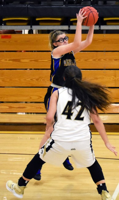 Highlands.Hayesville.basdketball (24)