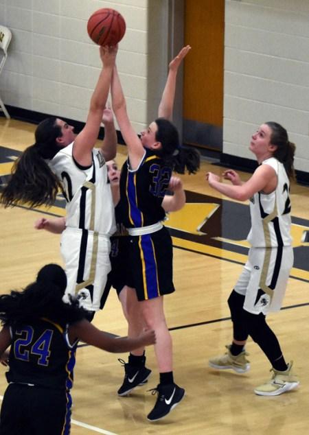 Highlands.Hayesville.basdketball (8)