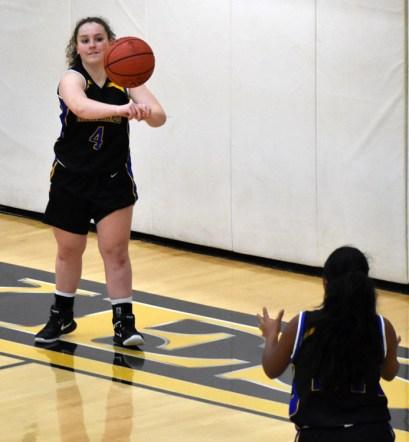 Highlands.Hayesville.basdketball (9)