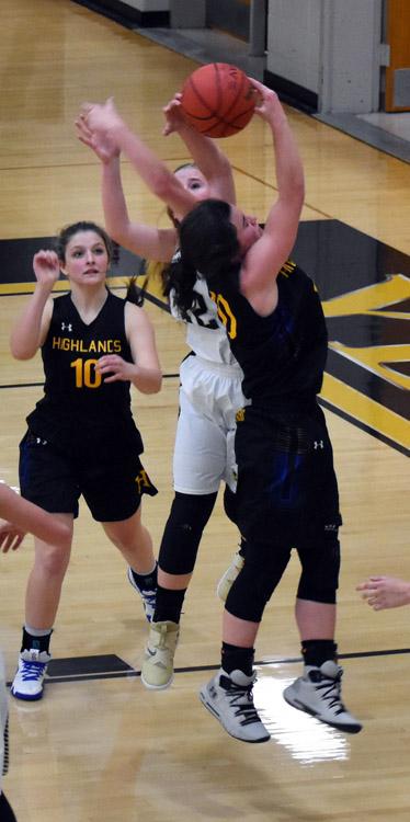 Highlands.Hayesville.basketball.varsity (11)