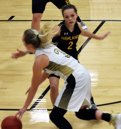 Highlands.Hayesville.basketball.varsity (16)