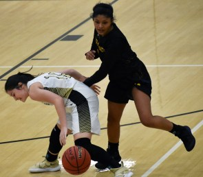 Highlands.Hayesville.basketball.varsity (57)