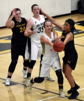 Highlands.Hayesville.basketball.varsity (9)