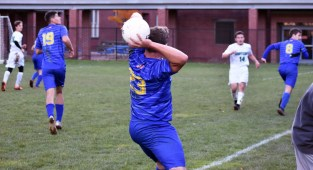 Highlands.Soccer.varsity (45)