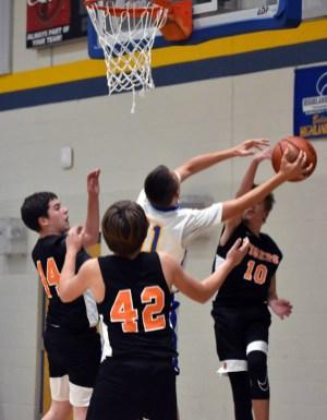 Highlands.basketball.MS.boys (16)