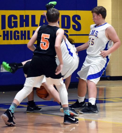 Highlands.basketball.MS.boys (64).jpg