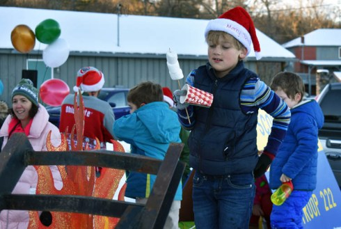 Christmas.Parade.Cashiers (14)