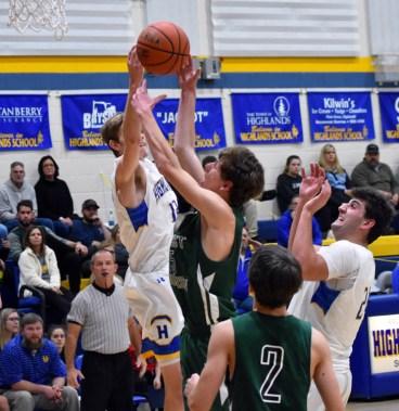 Highlands.East.Henderson.basketballs.V (31)