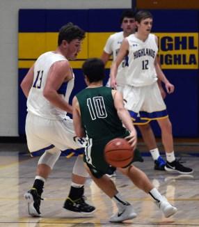 Highlands.East.Henderson.basketballs.V (34)