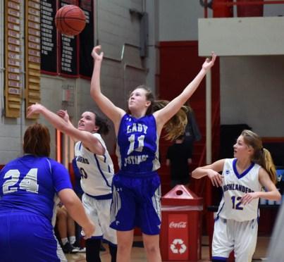 Highlands.Smokey.Mtn.basketball.V.girls (2)