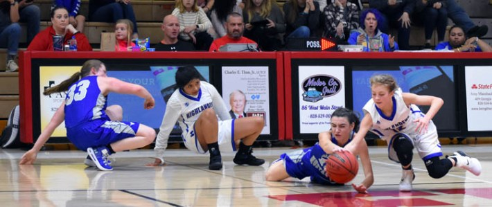 Highlands.Smokey.Mtn.basketball.V.girls (3)