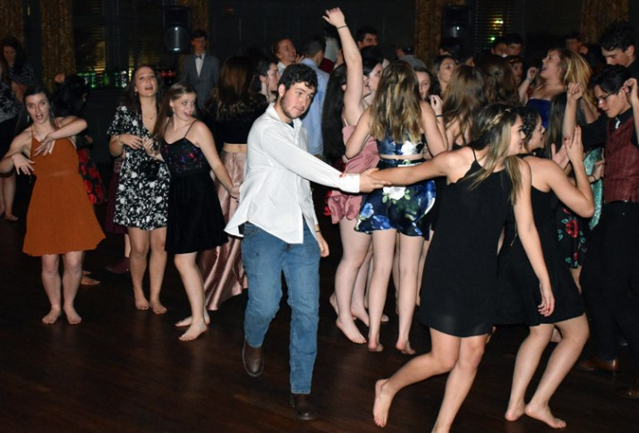 Homecoming.Dance.Highlands (61)