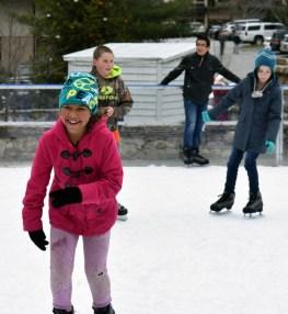 Ice.skate.Xmas.promo (30)
