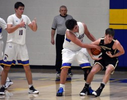 Highlands.Hayesville.basketball.V.boys (38)