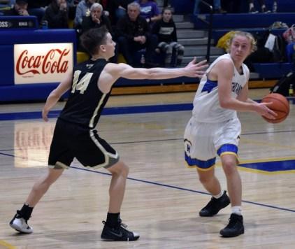 Highlands.Hayesville.basketball.V.boys (42)